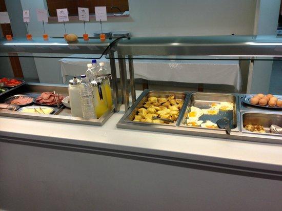 Atlantis City Hotel : buffet du petit-déjeuner