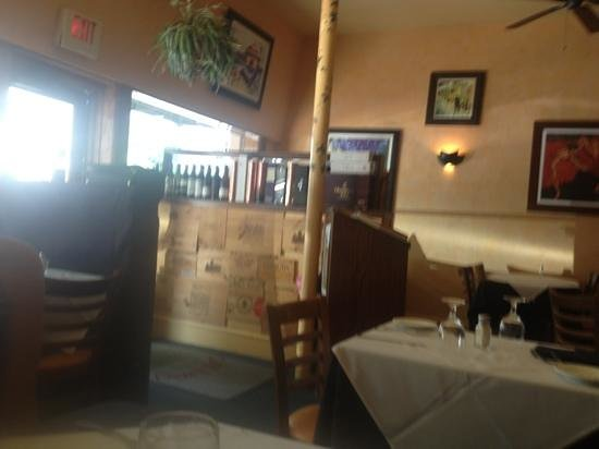 Cafe Amici: Quiet lunch.....nice!