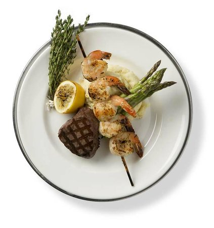 Houlihan's: Filet Mignon and Grilled Shrimp