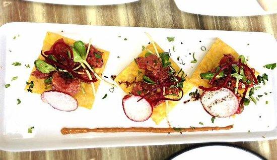 Ula Gula : fresh tuna wong ton tostadas