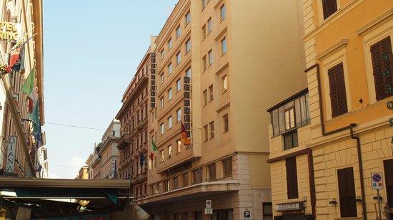 Starhotels Metropole: fachada