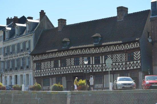 Saint-Valery-en-Caux, France: Maison Henri IV