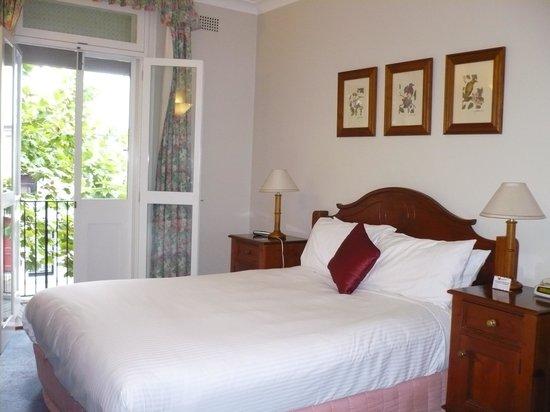 Rendezvous Hotel Sydney The Rocks : Bedroom on upper floor