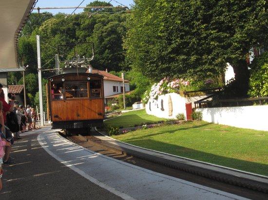 Hotel Restaurant Eskualduna: Le train de la Rhune