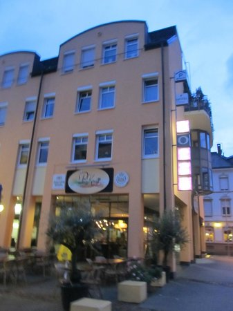 Stadt-Hotel Lörrach: Hotel from outside