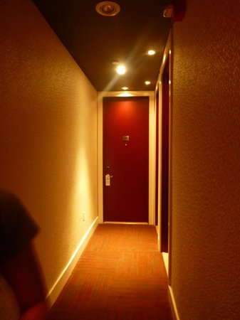 The MAve Hotel: Hallway of 5th floor