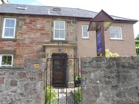 Dionard Guest House