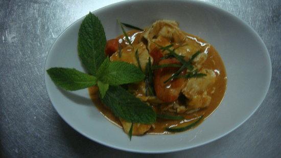Restaurante Tai: Pollo con leche de coco, curry cacahuete