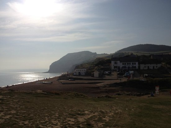 The Anchor Inn at Seatown: Beautiful evening