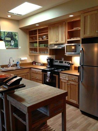 Twisp River Suites: Kitchen in Suite