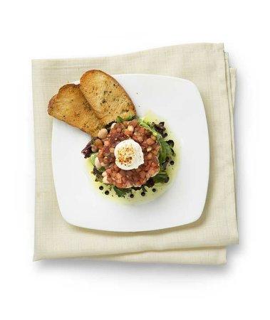 Houlihan's: Tuscan White Bean Salad