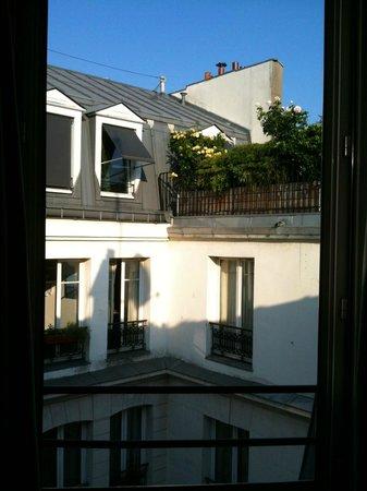 Grand Hotel des Balcons: Vistas desde la habitación 604
