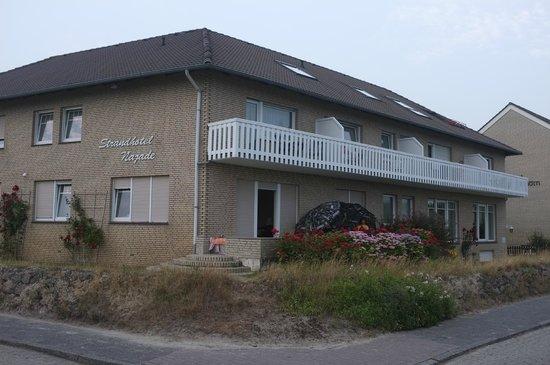 Strandhotel Najade: Aussenansicht von der Strandseite
