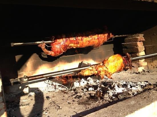 spanferkel vom grill foto di lord of the grills tar