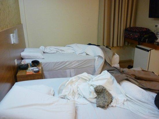 Hotel Rafain Centro: quarto sem vista.