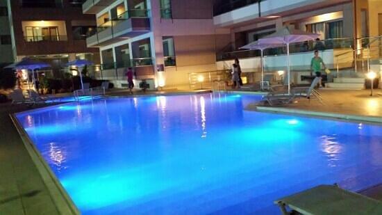 Nautilus Bay Hotel: piscina