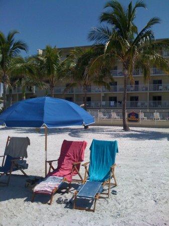Best Western Plus Beach Resort: espace piscine plage
