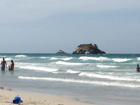 Agua Dorada Beach Hotel by LIDOTEL: Playa el agua