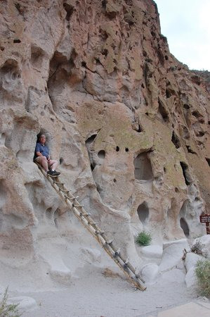 Bandelier National Monument: Cliff dwellings