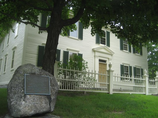 Hillsborough, NH: Franklin Pierce boyhood home