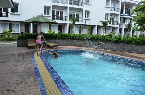 Ha Do Villas : Villa Pool