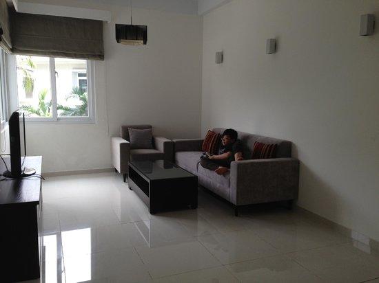 Ha Do Villas: Upstairs living room