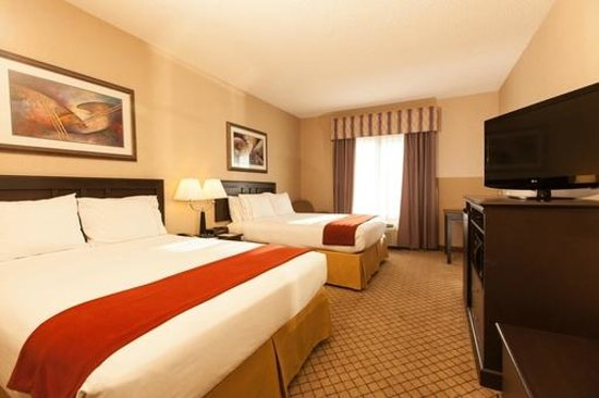 Holiday Inn Express Hotel & Suites Roseville-Galleria Area: Double Bed Guest Room