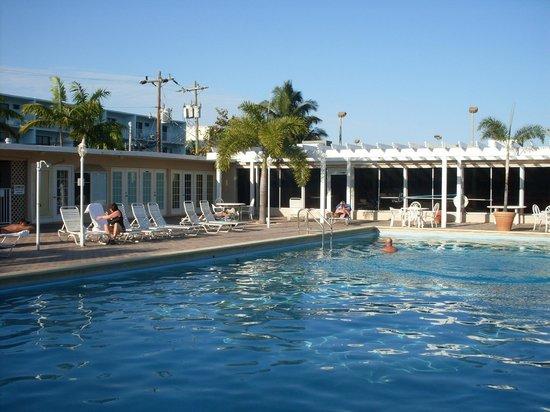 Sombrero Resort & Marina: PISCINA