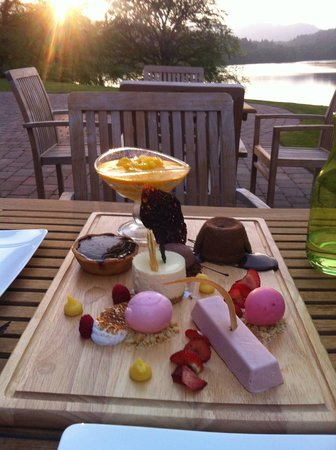 Fonab Castle Hotel Brasserie: Classic dessert plater.