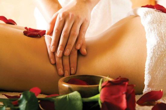 The Hob Knob: Hotel Rejuvenation Spa for Massage