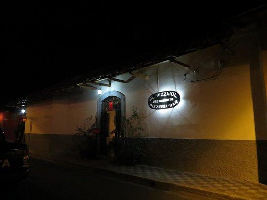 El Pizzaiol: located one block off Calle La Calzada