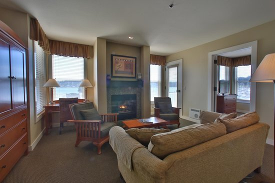 The Resort at Port Ludlow : Unwind Here