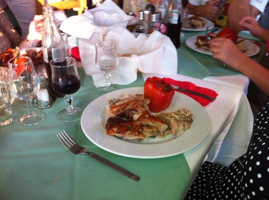 Hotel La Galiote: Porc braisé, poivron farci