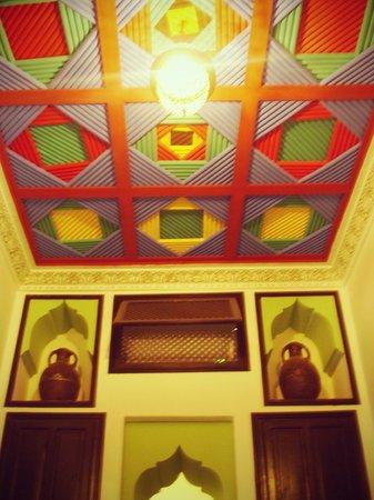 Riad Tamarrakecht : Le plafond de la chambre Bab Agnaou