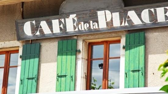 Restaurant Pizzeria La Place : Café de la Place in Meyrin