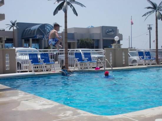 Park Lane Resort: Davids cannon ball!