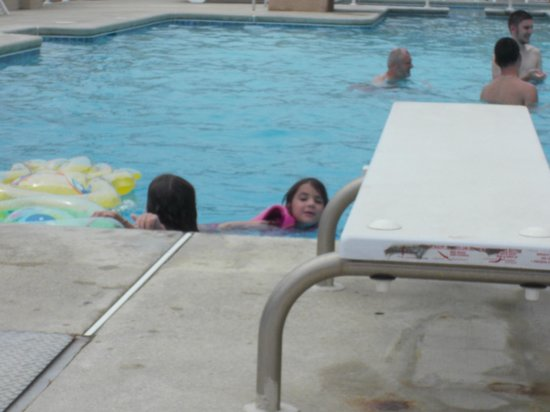 Park Lane Resort: Julianna enjoying a swim <3