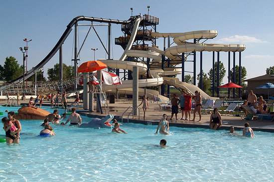 Cascatas Sioux, Dakota do Sul: Enjoy summer activities in Sioux Falls.