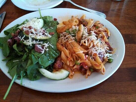 Mangiare Italian Restaurant : Lunch - terrific great flavor
