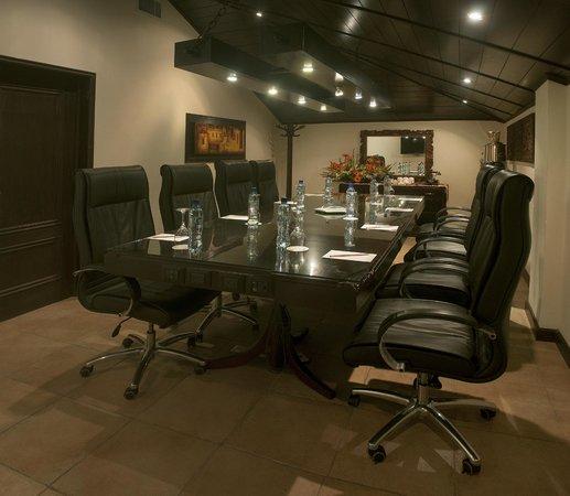 Camino Real Antigua : Business Center
