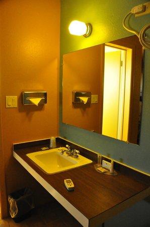 Motel Safari : Lavabo