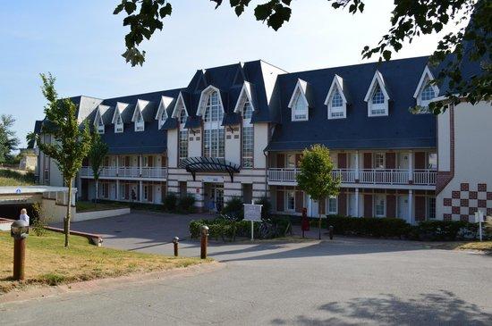 Pierre & Vacances Premium Residenz de la Plage: front of apartment