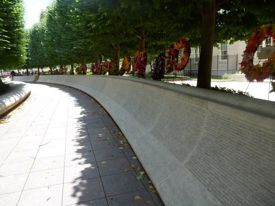 National Law Enforcement Officers Memorial: Law Enforcement Officers Memorial Wall