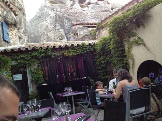 Le Cafe des Baux : location