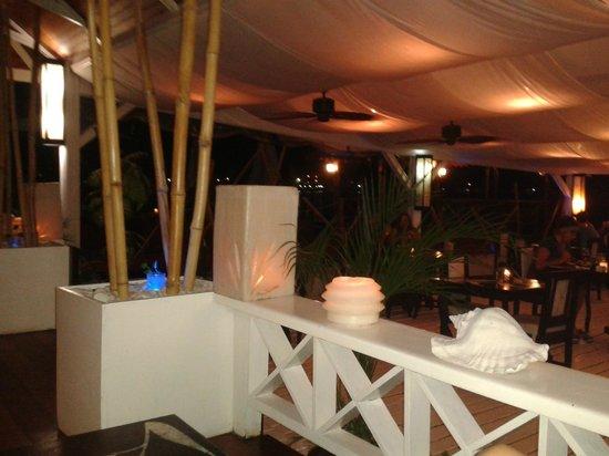 El Limbo on the Sea Hotel Restaurant: Desde unos cómodos sillones