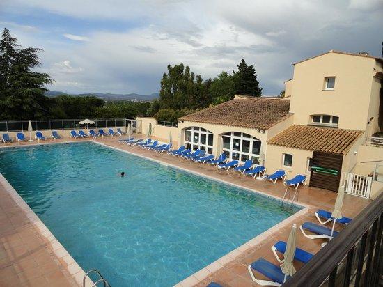 Hôtel Club Vacanciel Roquebrune-sur-Argens : la piscine
