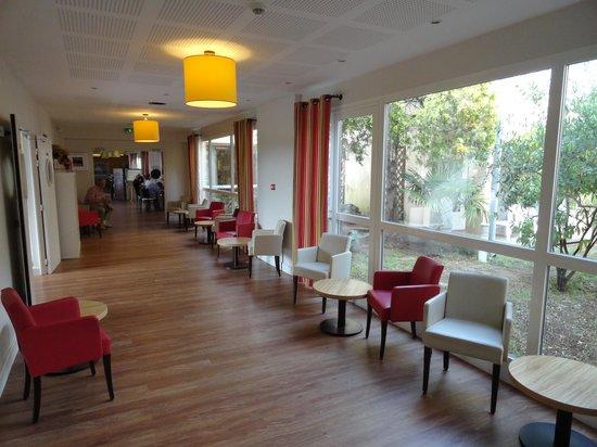 Hôtel Club Vacanciel Roquebrune-sur-Argens : L'hôtel