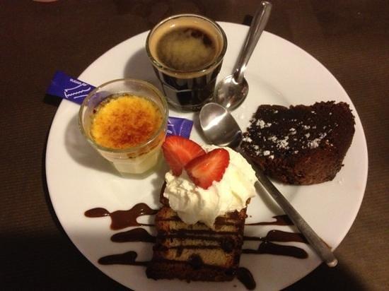 Chez Julien : café gourmand un délice !