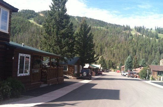 Deer Lodge Red River: Summer view looking toward ski hill- only 2 blocks from chair lift and river