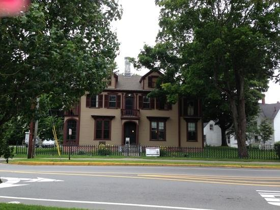 Joshua L. Chamberlain Museum: Joshua Lawrence Chamberlain